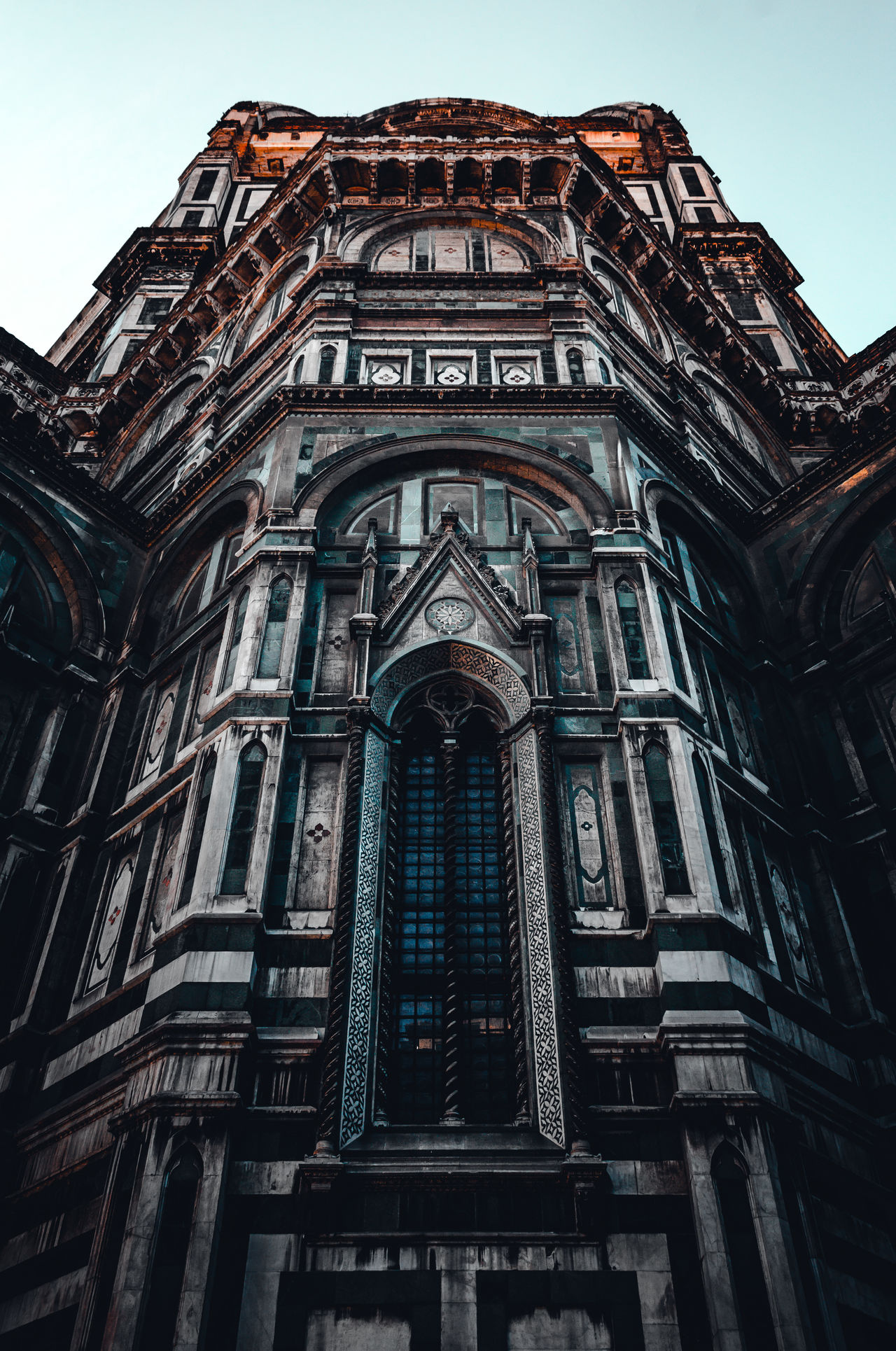 EyeEm Low Angle View Architecture No People Building Exterior Sky Day Outdoors Eye4photography  City Exploring EyeEm Gallery EyeEmBestEdits Old-fashioned EyeEm Best Shots Explore Architecture Abstract Victorian Houses Symmetry EyeEm Best Edits Colorful Colors Cool Streetphotography