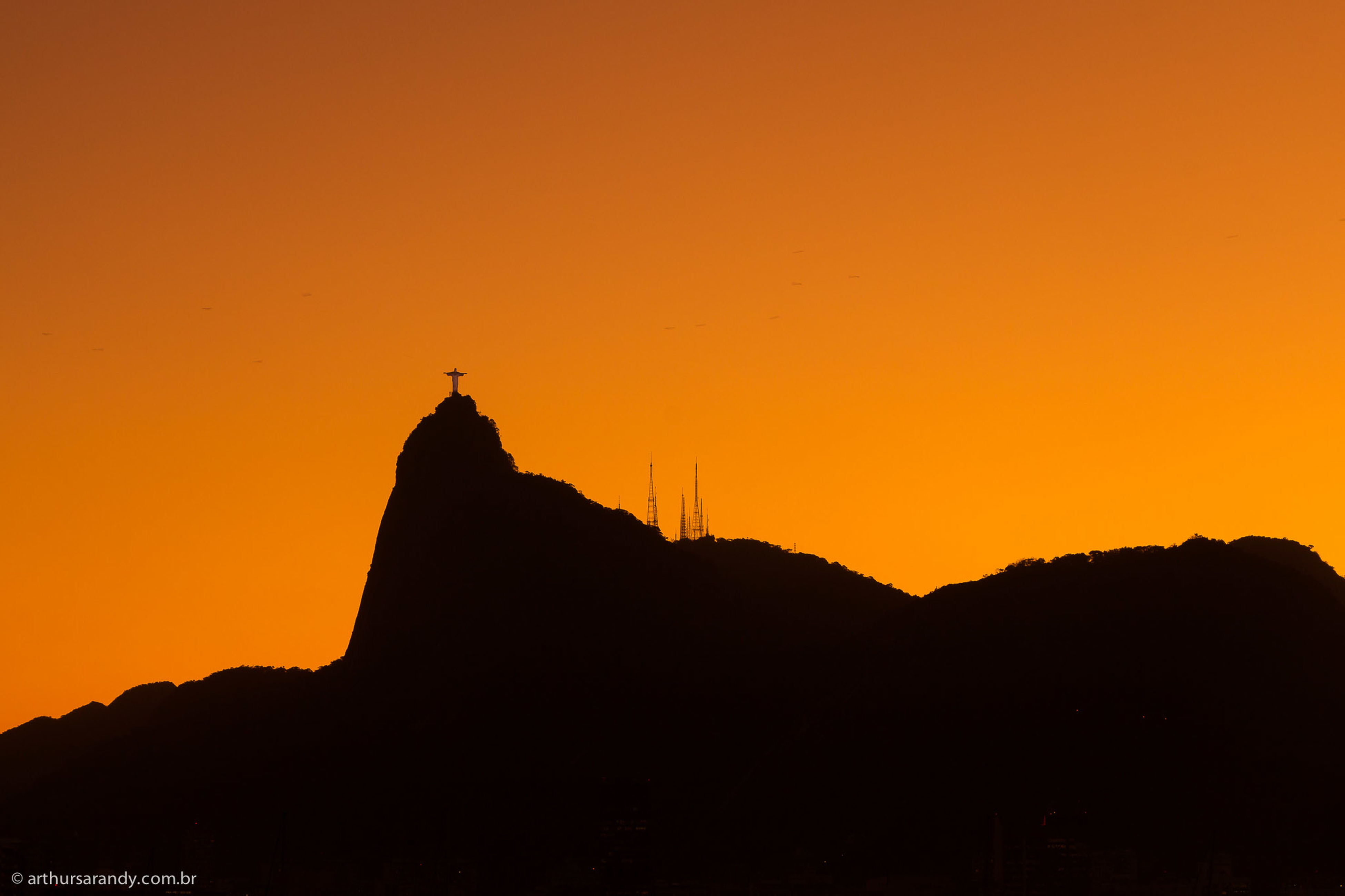 sunset, silhouette, architecture, built structure, building exterior, orange color, copy space, clear sky, religion, place of worship, mountain, spirituality, scenics, dusk, sky, beauty in nature, tranquility, famous place, nature, travel destinations