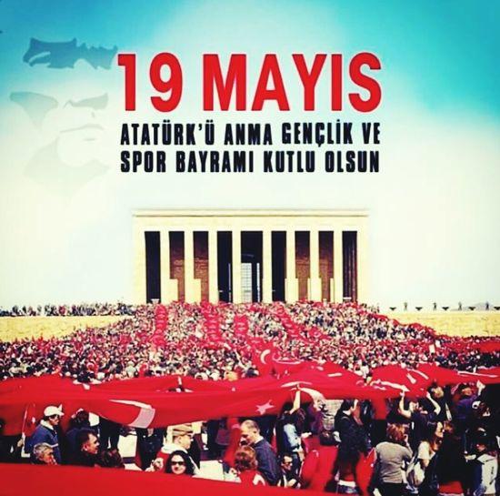 Açtığın yolda gösterdiğin hedefe durmadan yürüyeceğime and içerim MustafaKemalAtatürk 19Mayıs1919