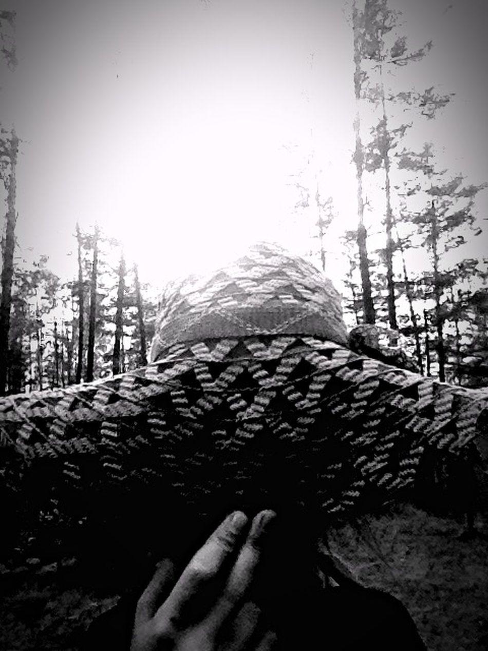 шляпа нуар чернобелое черный белый серый мрачное