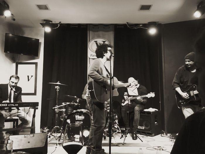 Live Music in Torino Cado Nello Specchio On Stage