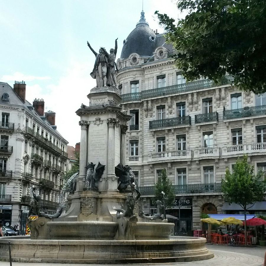 Taking Photos Fountain Oldbuildings Hello World Relaxing Grenoble