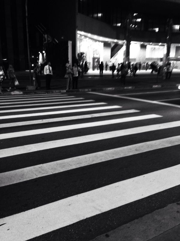 streetphotography blackandwhite AMPt_community Show us your thirty by Bruno Sanchez
