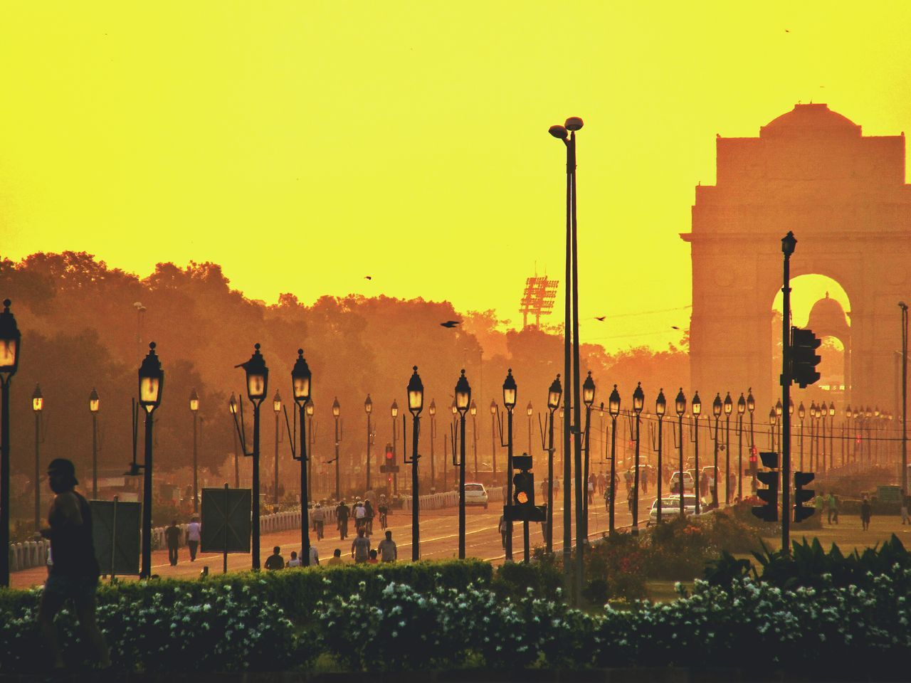 India gate at 6:02 am. Basically during sunrise. Worked hard to get there on time. Lights And Shadows Click Click 📷📷📷 Incredible India Scene Hdr_gallery Indiagate DelhiGram Newdelhi Lutyens Delhi Morning Sunrise Architecturelovers