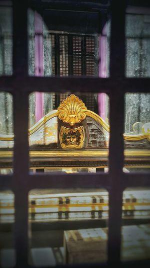 Kafes Sanat Gold Old Balat Day Kafes Ardı Sanat Zanatkar Sanatçı Emek Face Photography