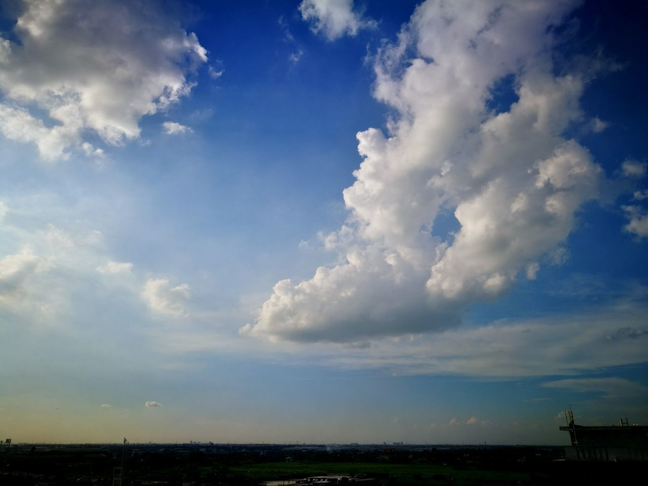 cloud - sky, sky, nature, beauty in nature, no people, outdoors, flying, day, scenics, mid-air