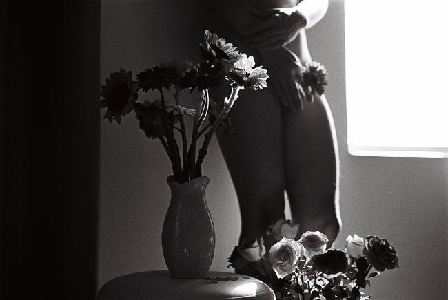 135 35mm Analogue Photography Blackandwhite Bw Film Flower Monochrome