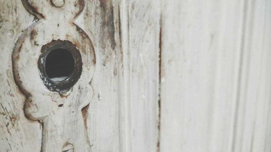 Wood - Material Textured  Close-up Weathered Rusty Rust Shabby House Shabby Shabby Chic Buildings Houses Renovation Unrenovated Old House Old Buildings House Building Obsolete Abandoned Metal Old Keyhole Door Lock Door Lock