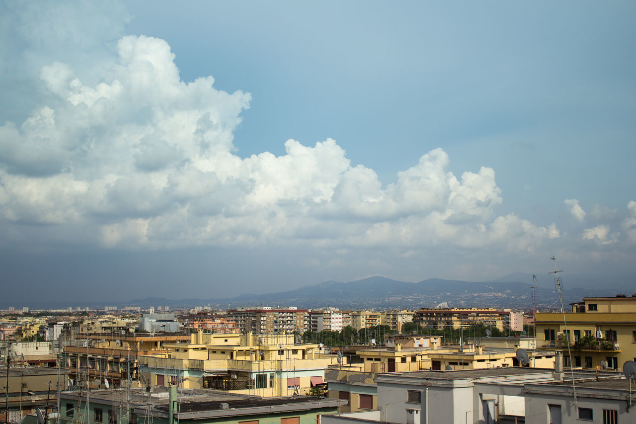 Canon EOS 1200D Esposizione 1/1600 sec a f /4.5 Lunghezza focale 32mm ISO 100 Architecture Blue Building Exterior Built Structure City City Life Cloud Cloud - Sky Cloudy Day Horizon Over Land Landscape Panorama Panoramashhot Roma Rome Sky
