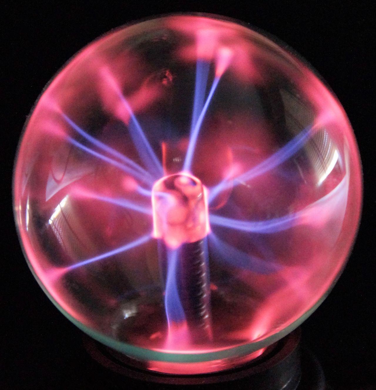 Black Background Bola De Cristal Bola De Plasma Circle Cristal Ball Dark Pink Color Plasma Plasma Ball Plasma Lamp RAYOS Sphere Studio Shot Thunders