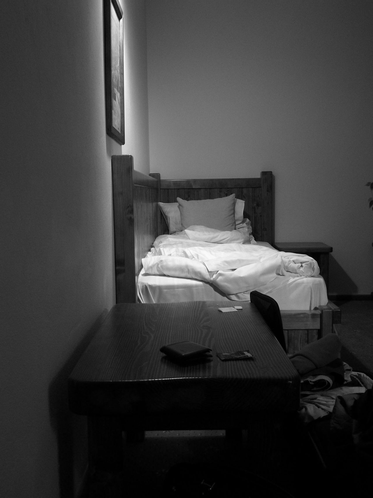 Bed Single Student's Life Wallet Sleeping Alone Messy Bed Blackandwhite Bad Condition Table Absence Abandoned Empty Will Be Better Hotel Room Sheets Hotel California Monochrome