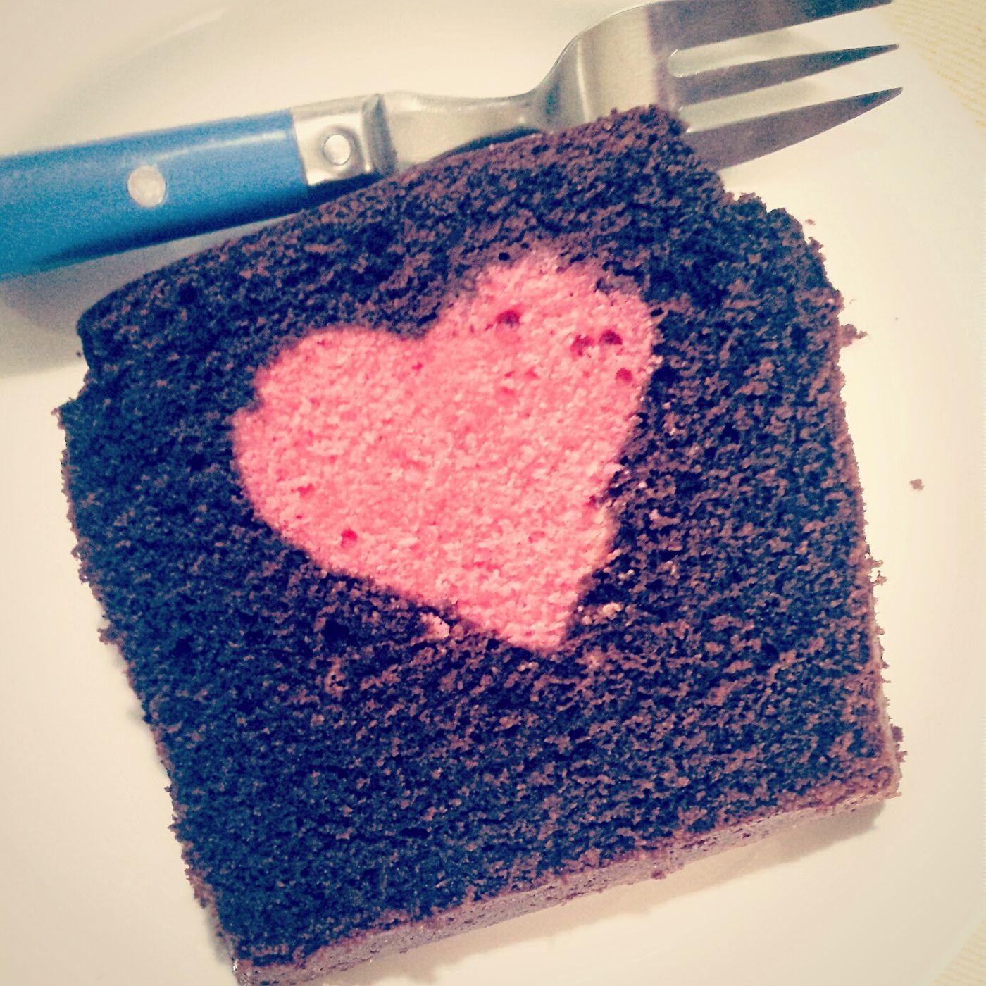 L'amore sta nella preparazione di una torta per i suoi amore Tortamodeon Cake Cake Cake Cake  Cake Time Cakelovers Torta Cakelover Amore Love ♥ Lovecake Italianbreakfast
