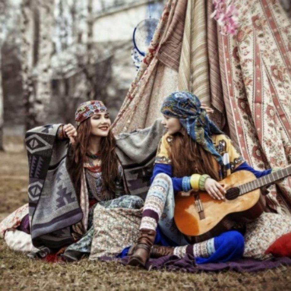 çingeneler Beauty Musician Girls and just like this