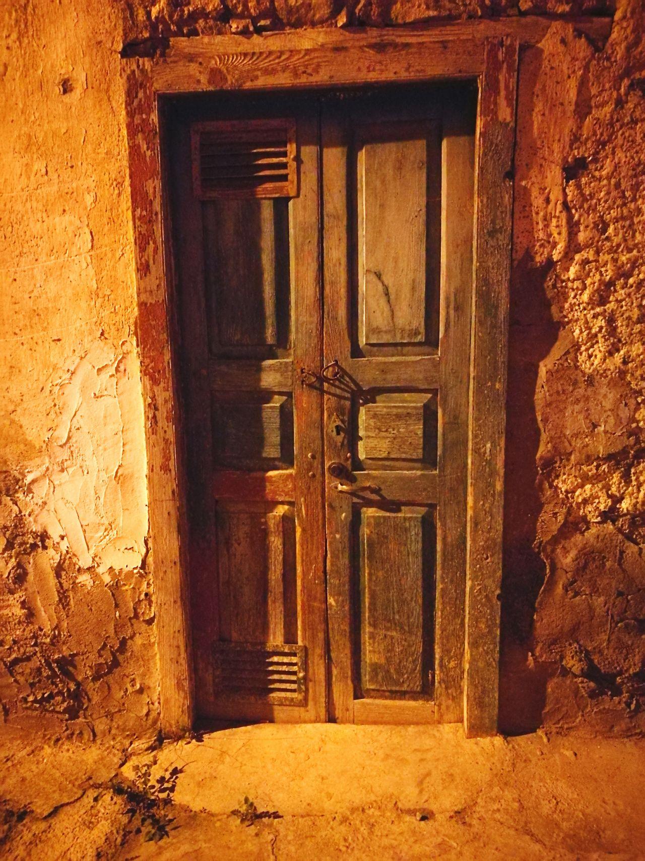 Door Closed Entrance Building Exterior No People Architecture Front Door Urban Paint Decay Las Palmas De Gran Canaria GranCanaria Travel Travel Destinations Tourism Vacations Architecture