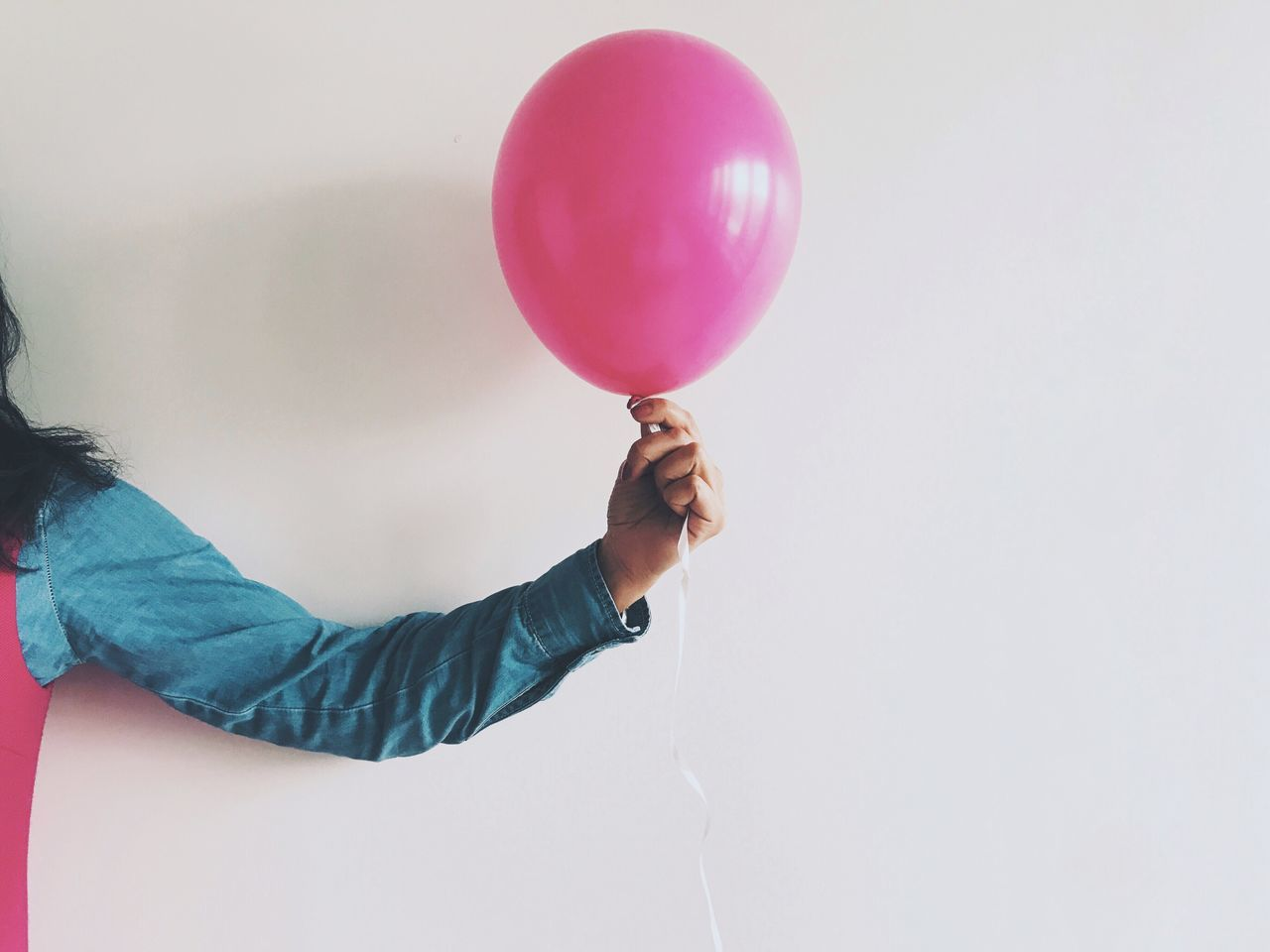 Balloon One Person Holding Real People Lifestyles Leisure Activity Human Hand Women Indoors  Helium Balloon Day Human Body Part People
