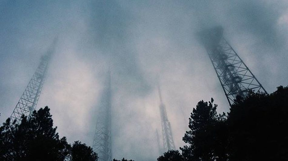 Over 13,000 feet up in the air @ the Mt Wilson observatory during a storm 👌👍 DiscoverLA Conquer_la Conquer_ca AngelesCrest Angelesnationalforest Sangabrielmountains Socalhiking Socalshooters Getoutside Why_i_explore Hot_shotz Vscocam Vscogood