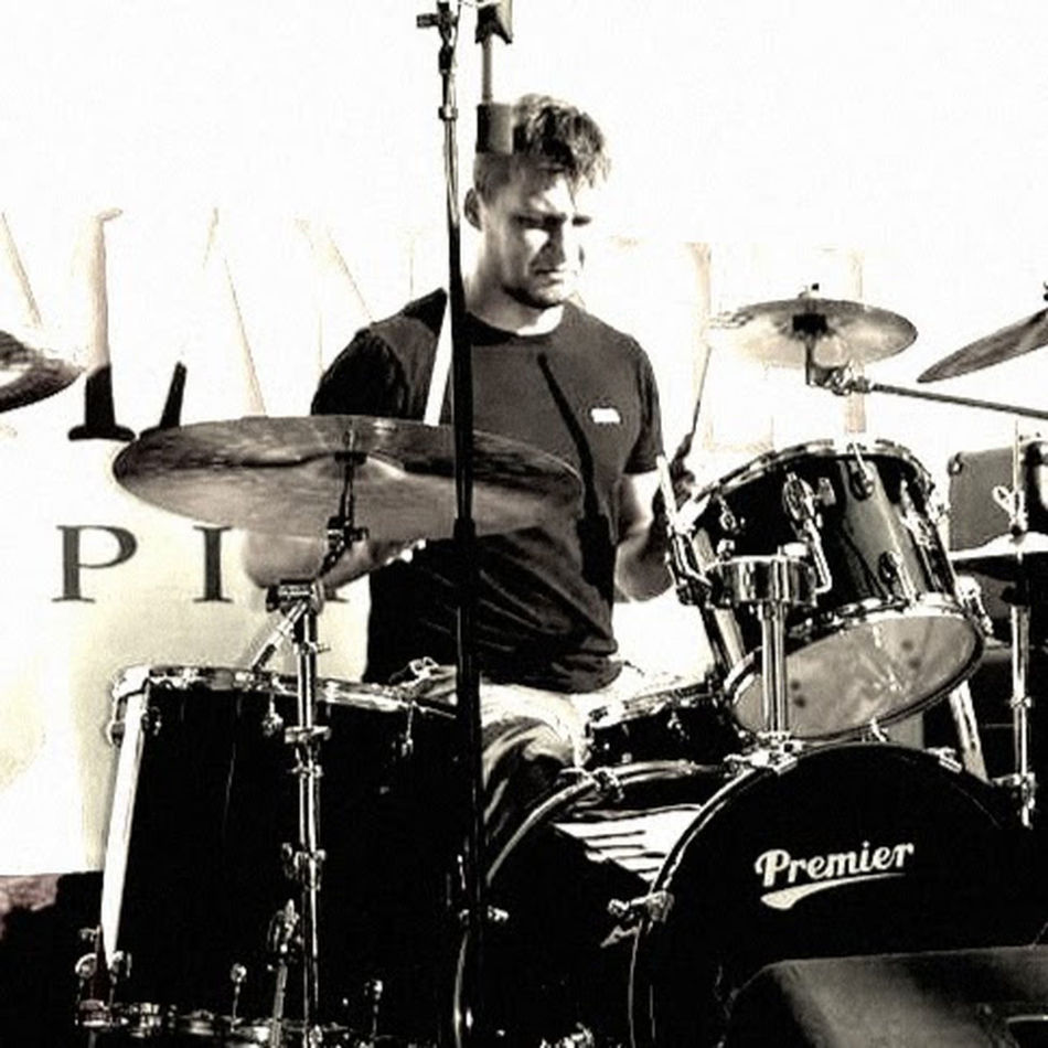 Drummer Lonsdale Meinl Cymbals Metal Nyiregyhaza Premier Rock Shorthair Today's Hot Look