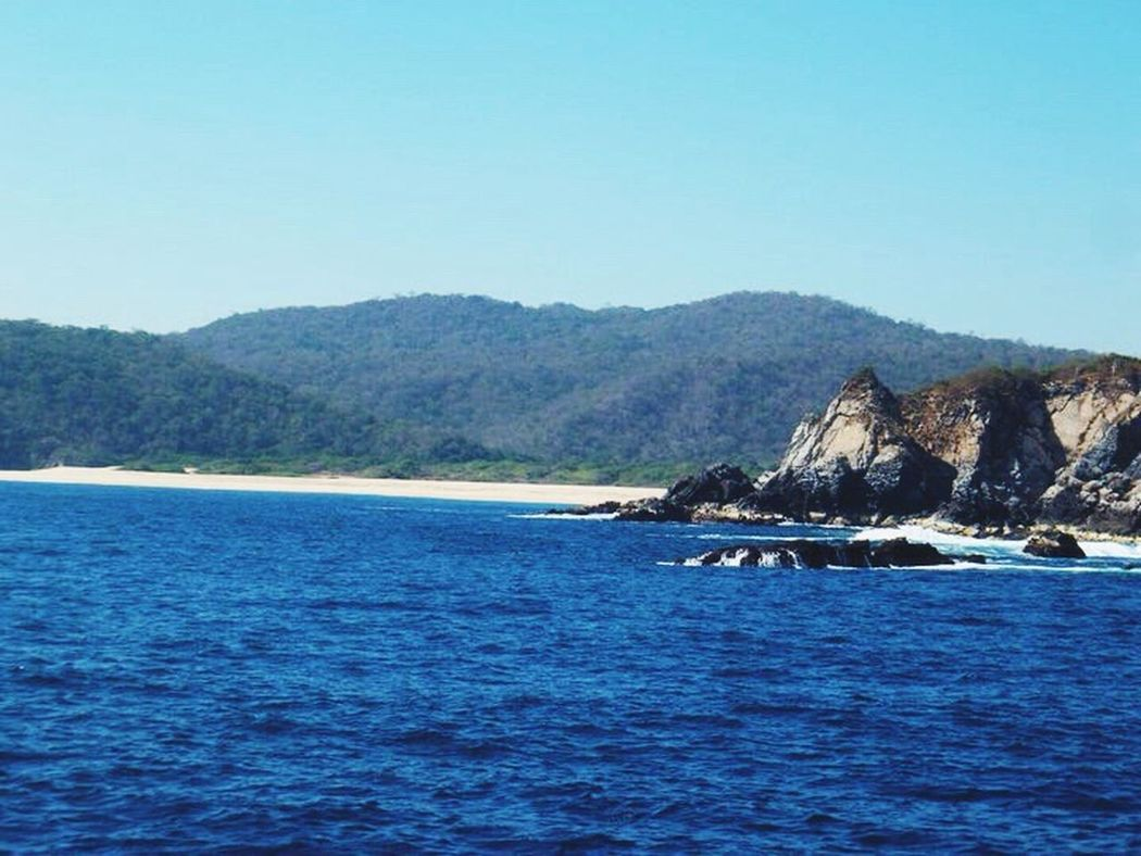 Huatulco ? Beachphotography Life Is A Beach Beautifulday Beautiful View EyeEm Ilovephotography Getting Inspired Nature Photography Wonderful View