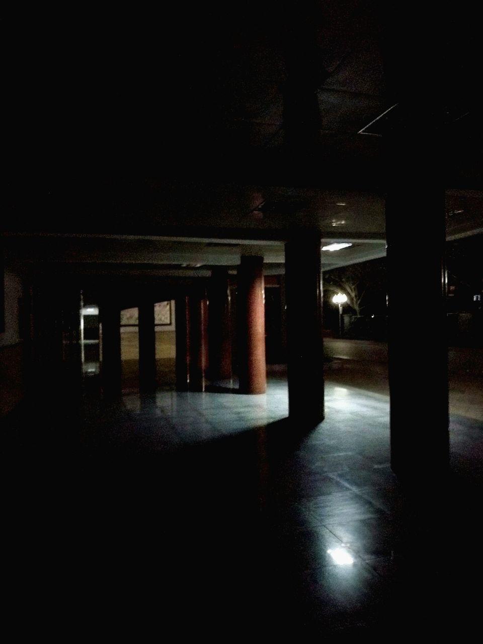 architectural column, indoors, empty, illuminated, underground, architecture, built structure, no people, pillar, basement, parking garage, underneath, day