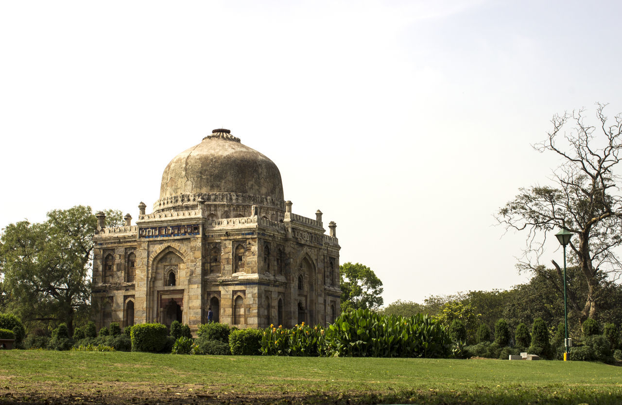 Shisha Gumbad, Lodhi Gardens, New Delhi, India Architecture Built Structure Clear Sky Dome Famous Place Grass History Lodhi Garden Lodi Garden Religion Shisha Gumbad, The Past Tourism Travel Travel Destinations Tree