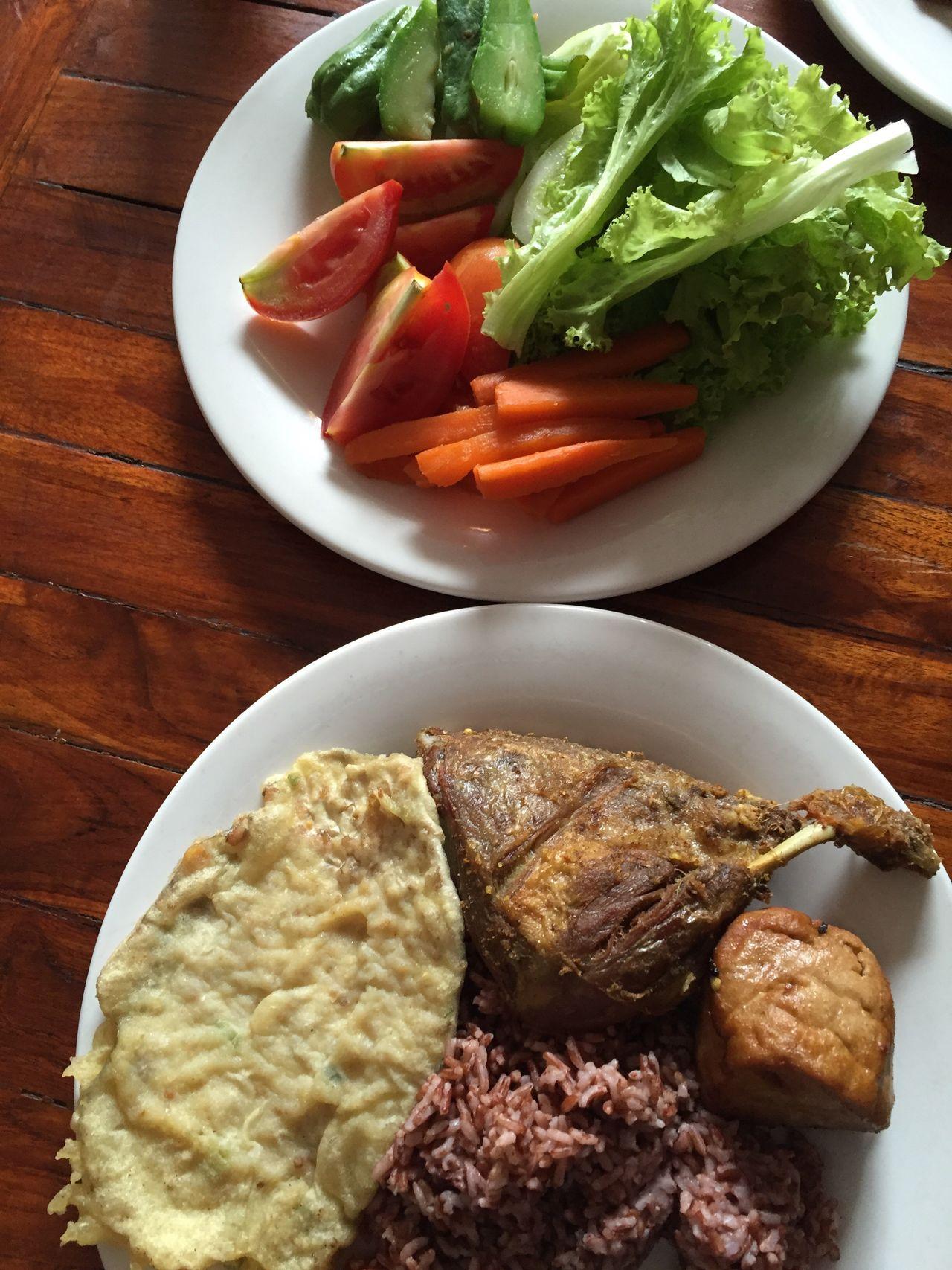 ShareTheMeal lalapan Bebek Food Ready-to-eat Sundanesefood Sundanese Jakarta INDONESIA