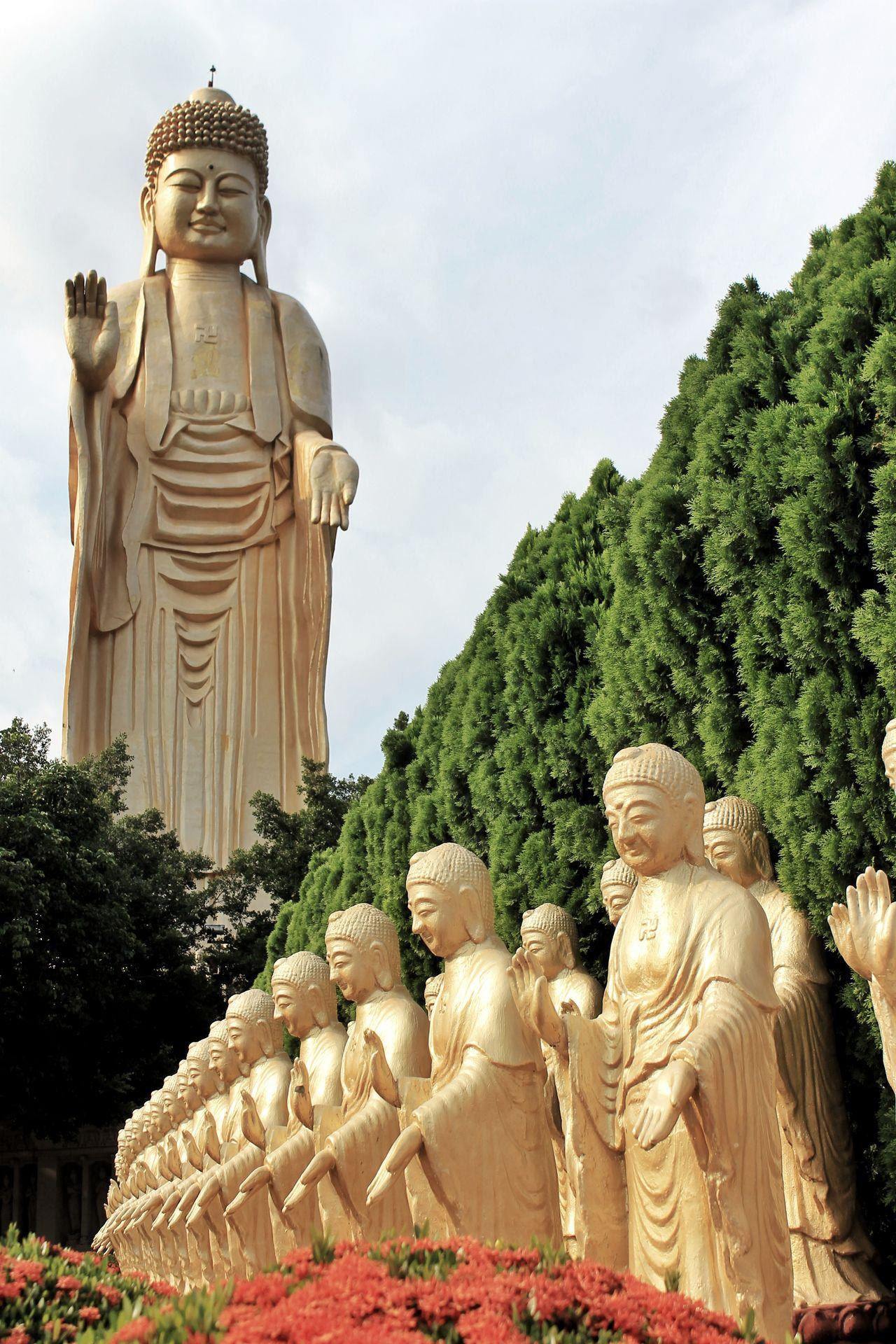 Fo Guang Shan Monastery, Statue Sculpture Buddha Statue Buddha Monastery Fo Guang Shan Taiwan Kaohsiung, Taiwan