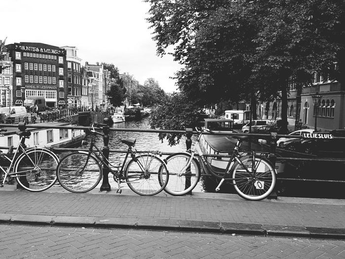 Love This City Amsterdam Bicycles Nice Atmosphere Place To Be  Enjoy The Journey
