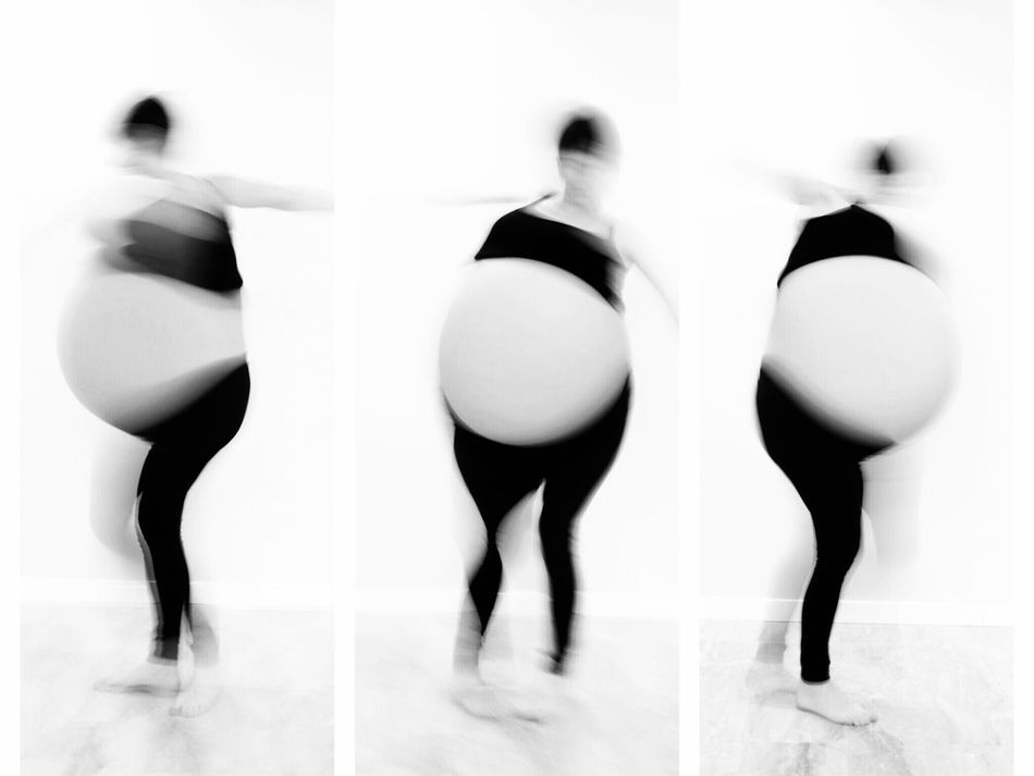 Maternity Ballet Dancer Only Women Human Body Part Symmetry One Woman Only Multiple Image Ballet Art Is Everywhere Long Exposure Fine Art Photography Evolution  Cut And Paste EyeEmNewHereDouble Exposure Doubleexposure Experimental Photography Women Females Portrait Happiness Fun Variation Week On Eyem BW_photography BW Collection