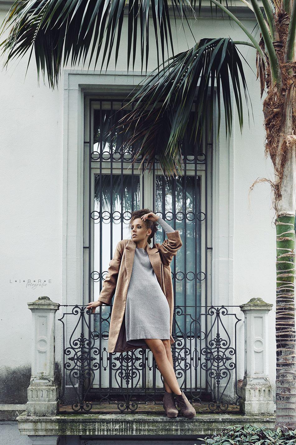 Bored in Paradise ◾Model: Marlen ◾Makeup by Emma Teichrieb ◾ Fashion Fashionphotography Palm Trees Curls Glamorous  Luxury Luxurylifestyle  Photography Photographer Bonn Bawü Lahr