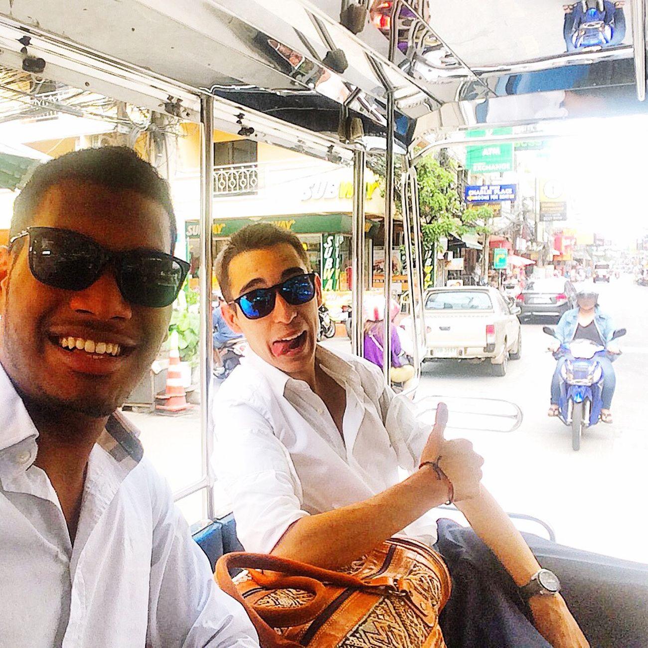 Dans le taxi pick-up en Thailande !! Thaïlande Brother Holidays