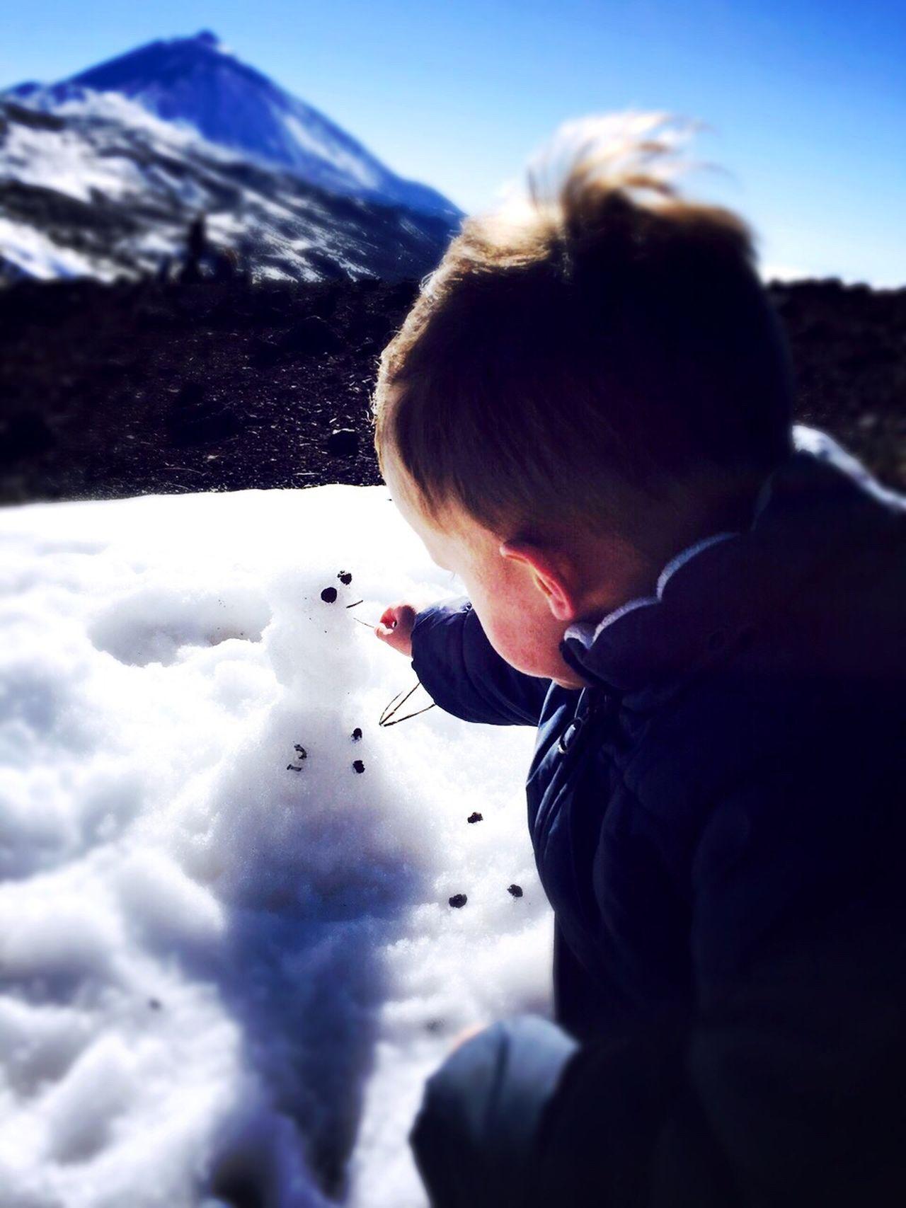 Teide Snow Winter Mountain Lifestyles Mountain Range Sky Outdoors Nature Beauty In Nature boy