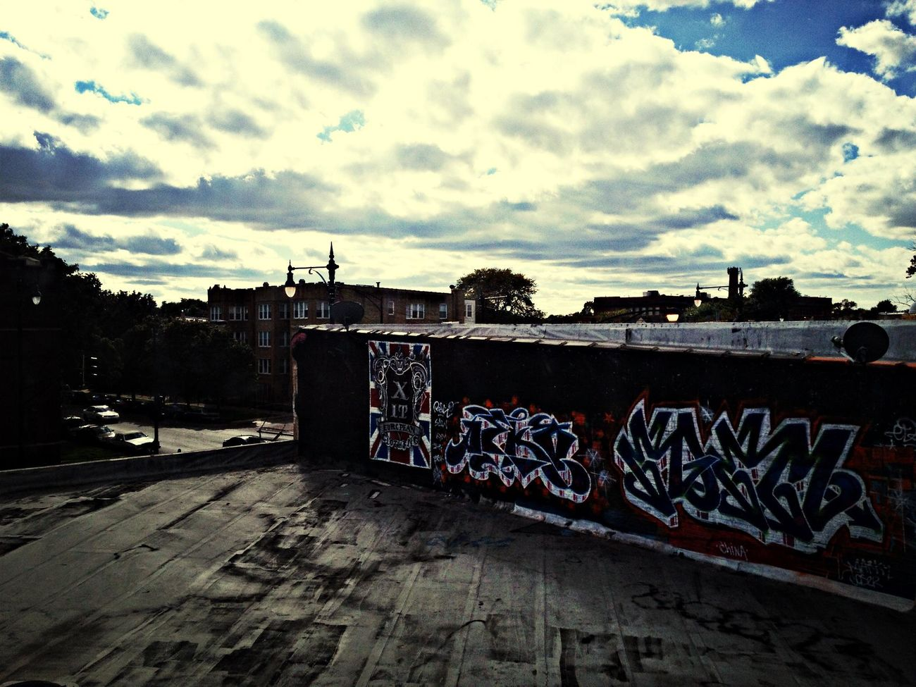 Graffiti Wallart Rooftop Sky