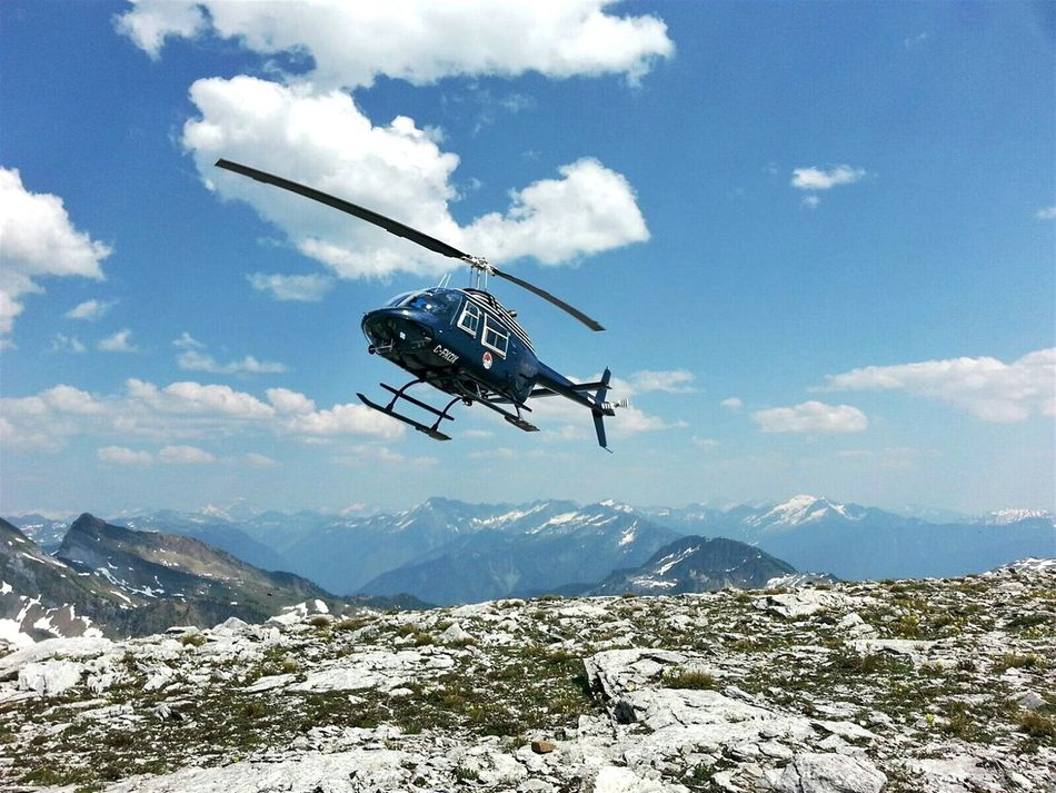 Flying Mid-air Outdoors No People Helicopter Heli Helicopters Helicopter Ride Helicopter In Action Backcountry Backcountry Rescue Heli Hiking Helicopter Shot Backcountry Access Helicopter View  Helicopter Tour Heli Tour