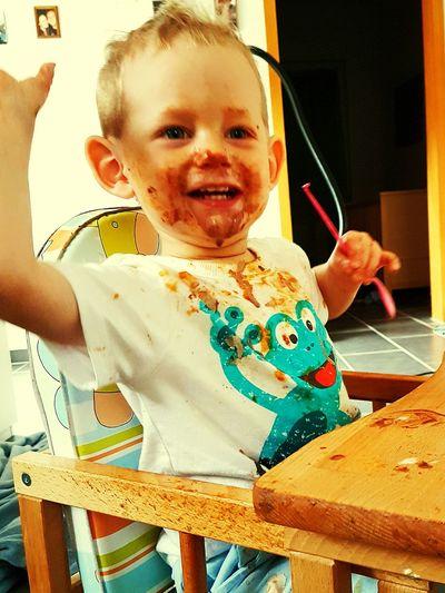 Nach dem Essen sehen wir immer Gut aus! Mein Sohn  Adrian. Love Liebe Family Familie Eis