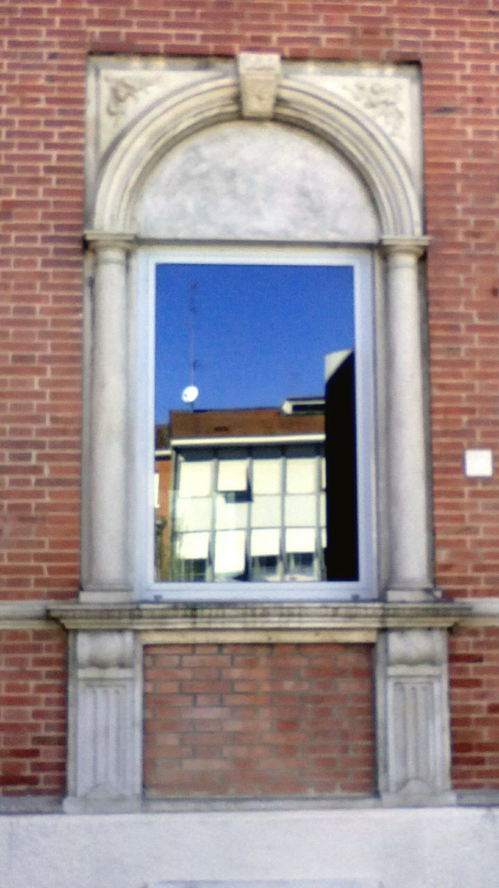 window, architecture, brick wall, door, arch, no people, building exterior, day, outdoors