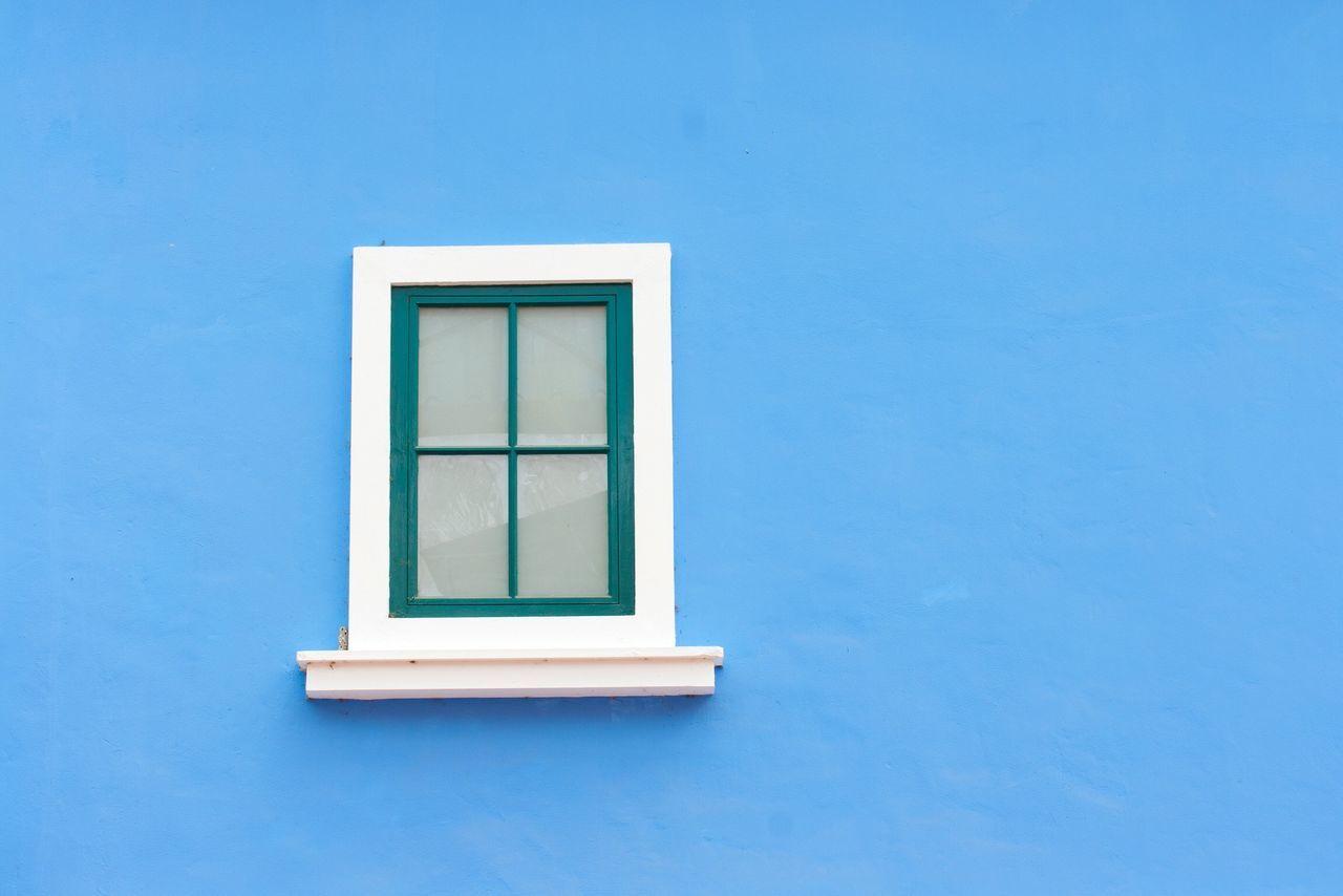 Blue Window Building Exterior Architecture Built Structure Minimalism Minimal Minimalist Architecture Home House Houses Home Interior Windows Window Frame