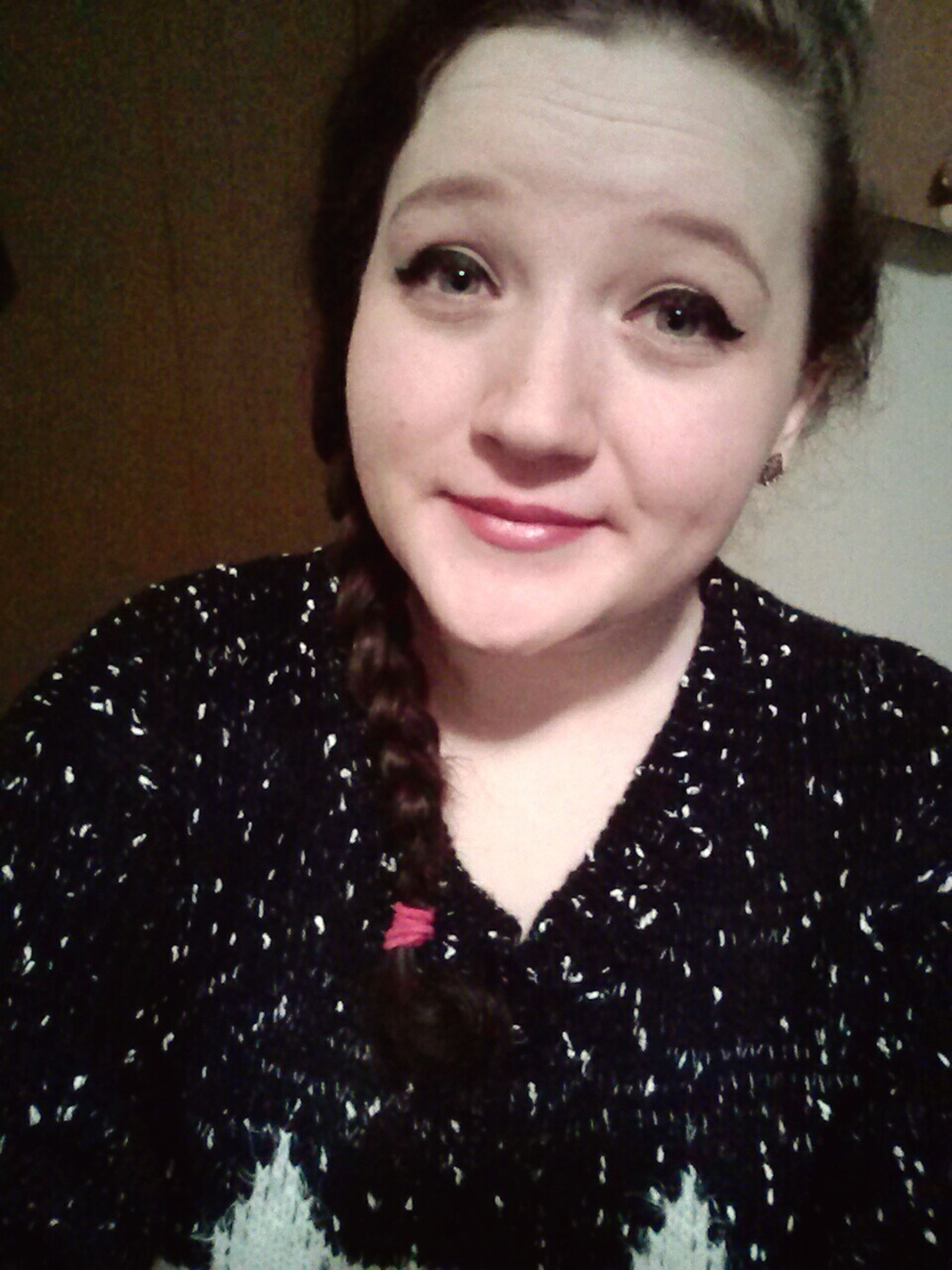 Christmas Eve selfie! About to head out for some last-minute shopping ^▽^)/ Selfie Christmas Eve Bluh Bluh