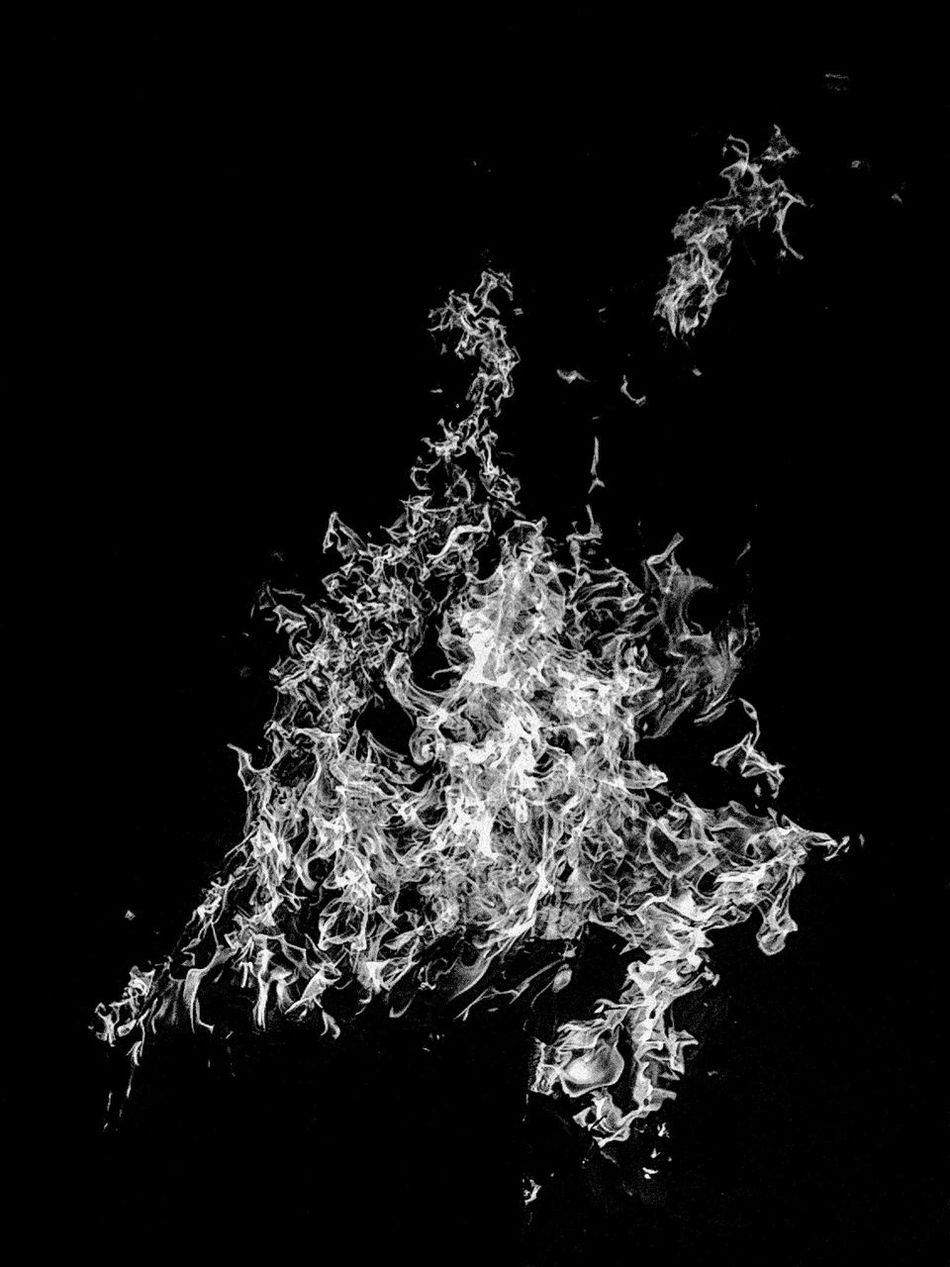 Fire Flames Barbecue Campfire Lastsummerdays Burn Burning EyeEm Best Shots - Black + White Mobilephotography Nightphotography