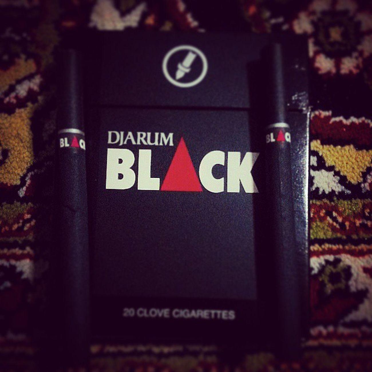 Djarum Black Cigar Smoke smokinggoodperfect