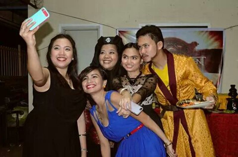 Halloween party! RePicture Friendship Friends Since Highschool Game Of Thrones