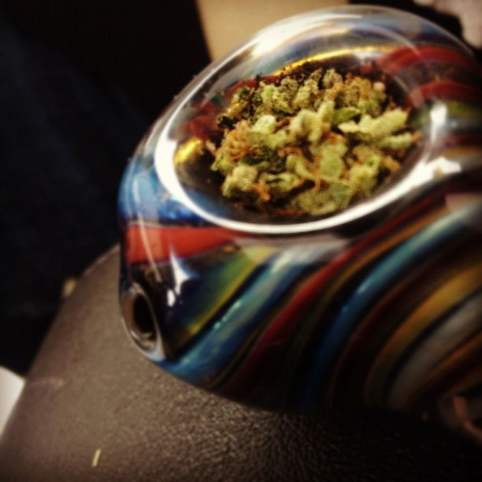 Weed 420 420365247 Weedstagram420 guyswhosmokeweed bud calikush pipes pieces glasswork colours colors colorful smallpipes smokeweed bestfriendtime