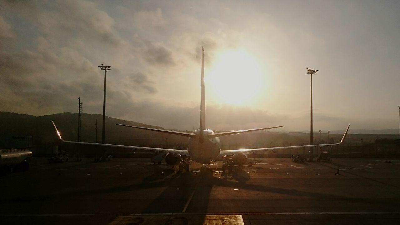 Ucak Ters ışık Sony Xperia Z3 Airplane nerede Sabihagökçenhavalimanı