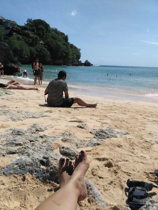 Sunbathing☀ That'smyson Beachsand Padang Padang Beach - Bali