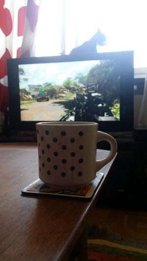 Getting my as kicked. Hanging Out Taking Photos Call Of Duty Black Ops3 Xbox One Gaming Cat Catoftheday Coffee