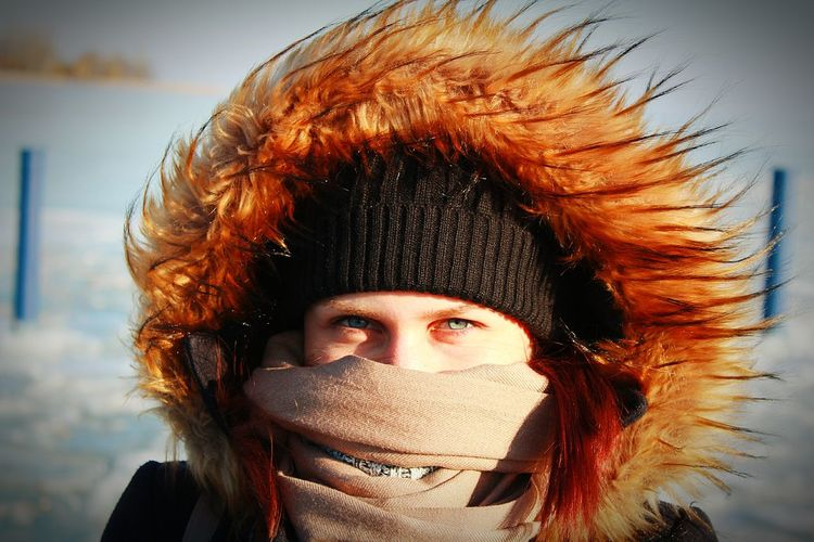 Freezing Cold Freezing Freezing Cold Blue Eyes Blue Eyed Girl Winter Cold Hungary Balatonfüred Cold Temperature Beauty In Nature Balaton - Hungary Ice Outdoors Furry Cold Weather Wind Wind Blowing  Cold Wind Sun Look Colors Love One Person Girl Uniqueness