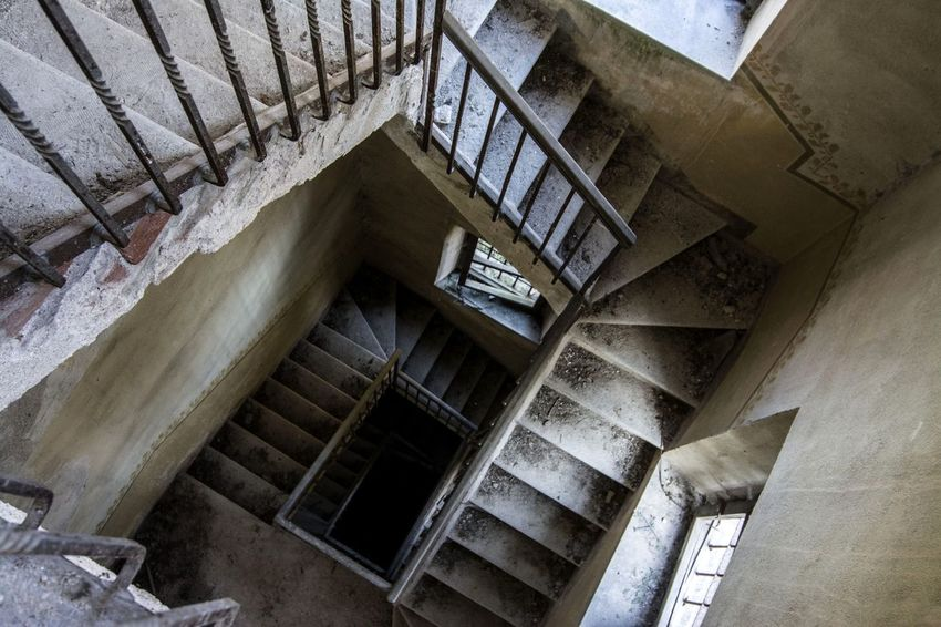 Architecture Building Indoors  Perspective Railing Staircase Staircase Vertigo Steps And Staircases Structure Vertigo Winding Staircase