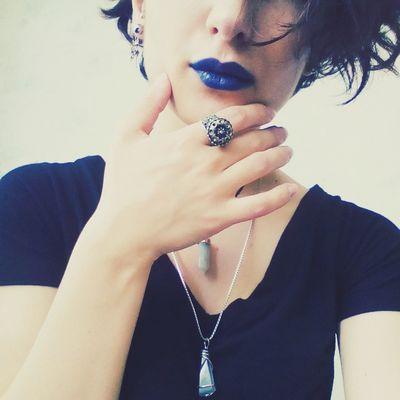 Bluelipstick Crystals Blue Hair Filling Good