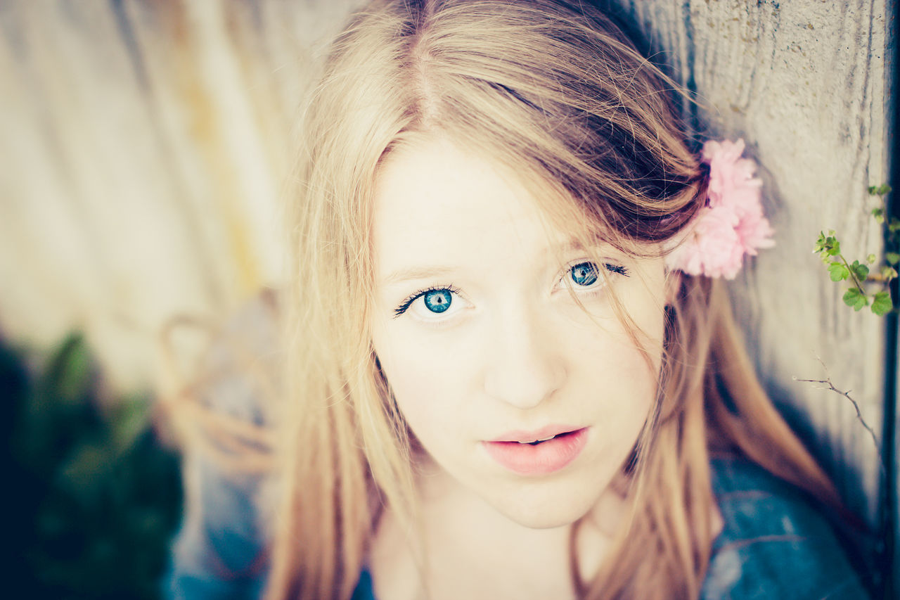 Blond Hair Blue Eyes Children Only Close-up Day Flower Girls Headshot Looking At Camera One Person Outdoors People Portrait Real People Smiling Teenage Girls Teenager
