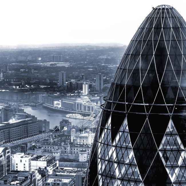 Gherkin The Gherkin Gherkin Tower Duckandwaffle London Architecture Architectureporn Amazing Architecture ARCHITECT Iconic London Timeoutlondon Londongrammar Igerslondon Ghettyimages Cityscapes City Taking Photos Photographer Photooftheday Instagood Instamood Instagramer Check This Out Eye4photography  EyeEm Best Shots