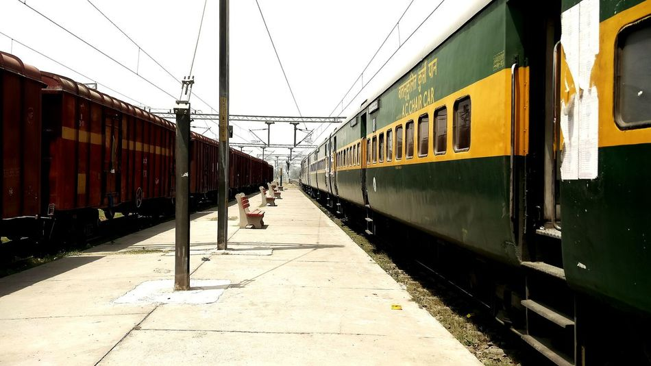 Indian Railways. Trains & Railroad Trainphotography Trains Train Ride Train City Life Photos Around You Train Station Trainspotting Trains_r_the_best Train Rail Platform Summertime Heat - Temperature Sunnyday☀️ Sunny Afternoon Railroad Station Platform Railways_of_our_world